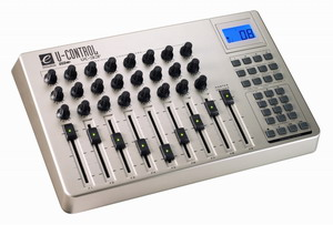 Mикшерный пульт M-Audio UC-33E