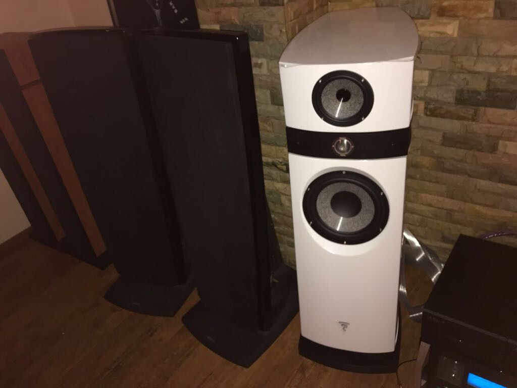 focal listhesis Focal has been creating benchmark acoustic equipment since 1979 for various high fidelity markets such as home audio loudspeakers, headphones, car speaker drivers and monitoring loudspeakers.
