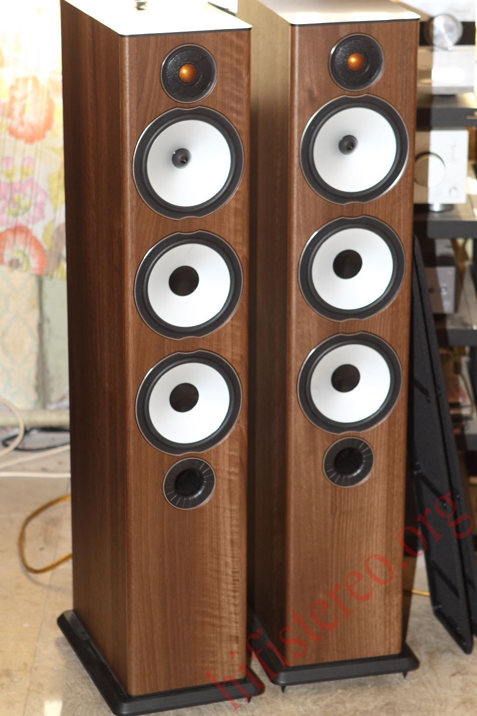 Monitor Audio Bronze Bx 6 Walnut