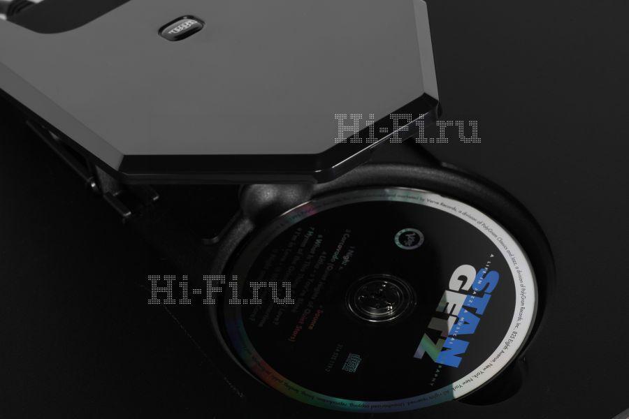 Проигрыватель компакт-дисков Rega Saturn-R