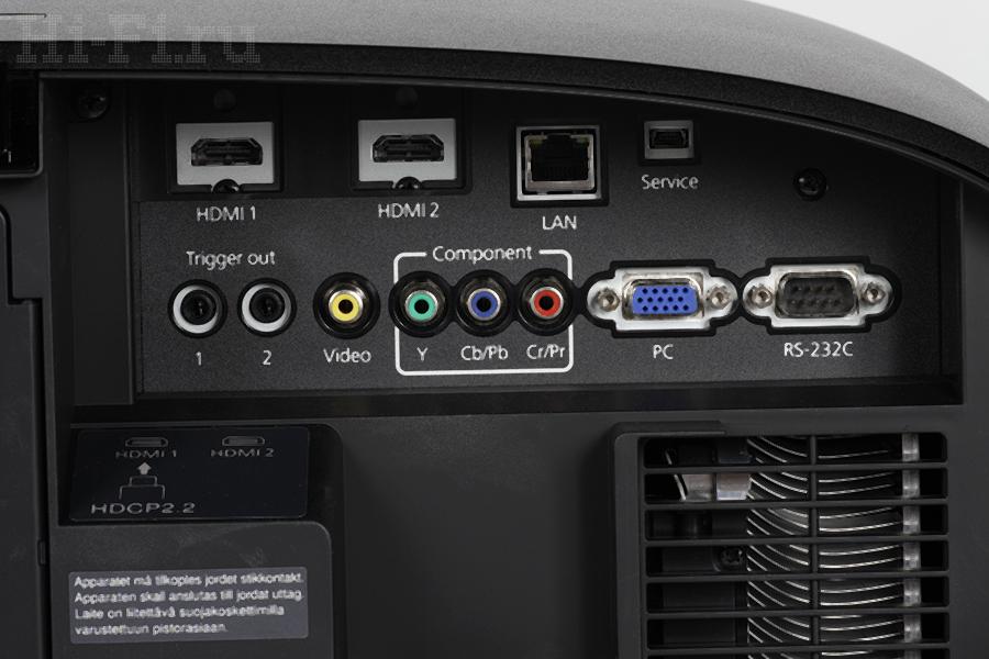 3LCDR-проектор Epson TH-LS10000