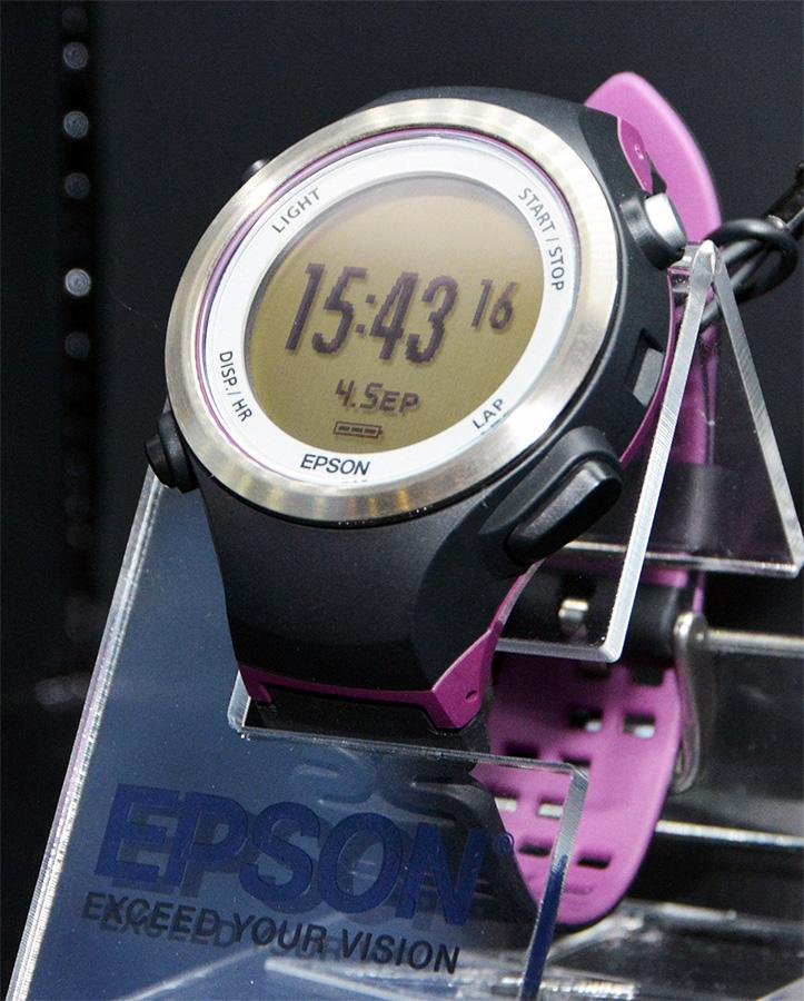 Смарт-часы Epson Runsense SF-810