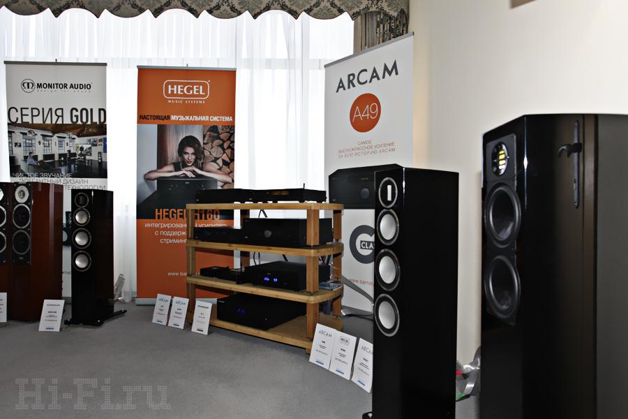 АС Monitor Audio Gold 200, проигрыватель Arcam CDS27, ЦАП Arcam AirDAC, интегрированные усилители Arcam A39, Arcam A49 и Hegel H160