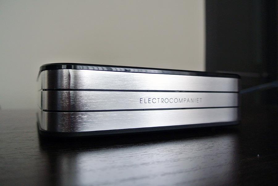 Стример-усилитель Electrocompaniet RENA SA-1
