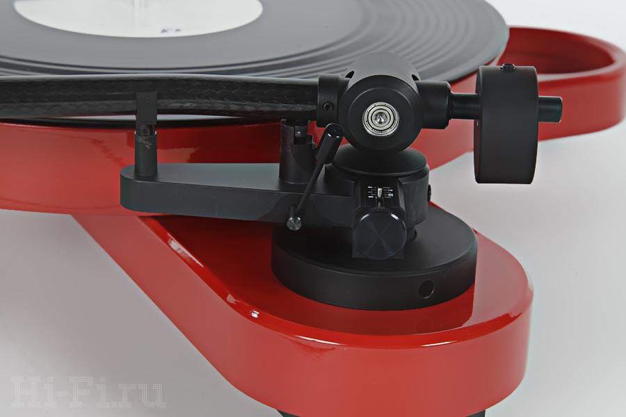 Проигрыватель виниловых пластинок Pro-Ject RPM 1 Carbon