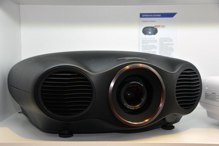Лазерный проектор для домашнего кинотеатра Epson EH-LS10000