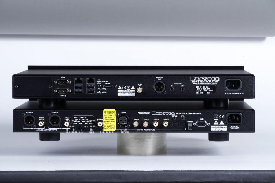 Комплект цифрового аудиопроигрывателя и цифроаналогового преобразователя Bryston BDP-2 / BDA-2