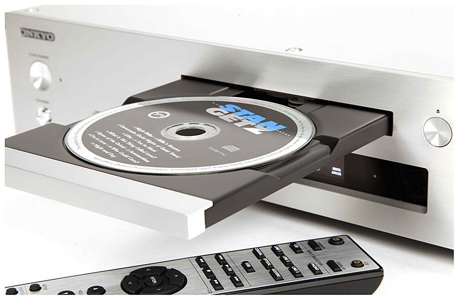 CD-проигрыватель Onkyo C-7000R