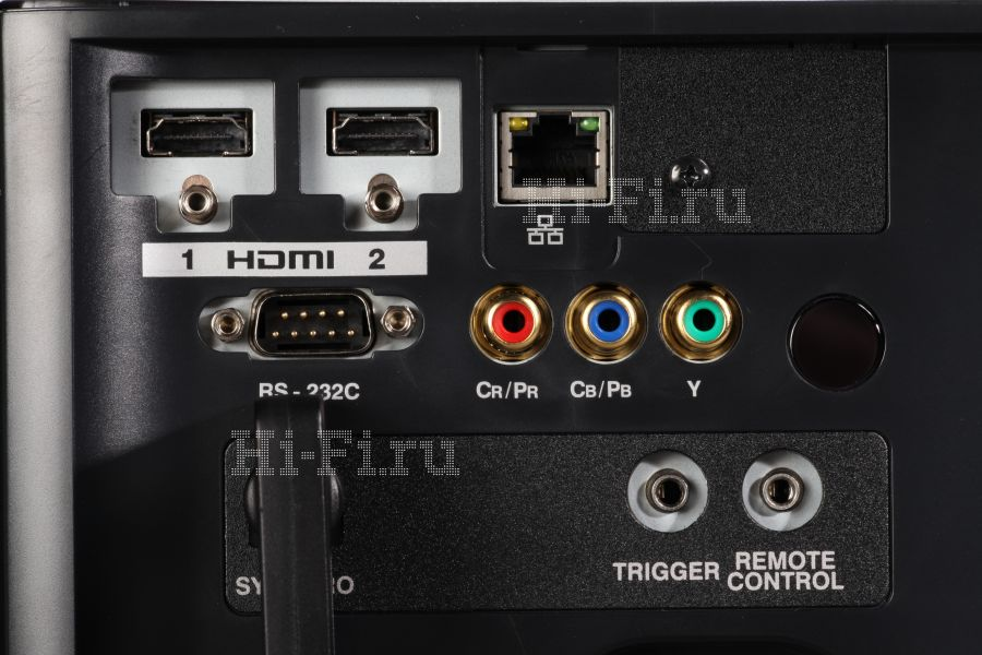 D-ILA-видеопроектор JVC DLA-X35