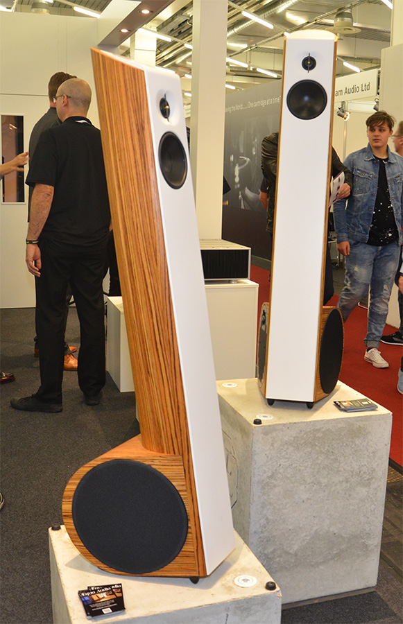 Фоторепортаж с выставки Munich High End Show 2017 - Aequo Audio