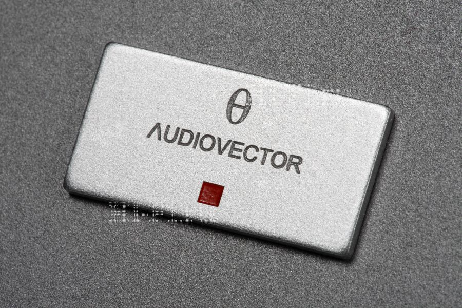 Активные акустические системы Audiovector Si 3 Active Discreet Avantgarde Arrete