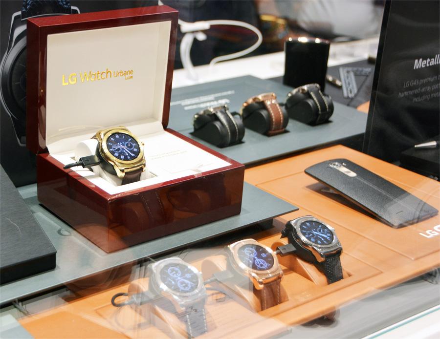 Смарт-часы LG Watch Urbane