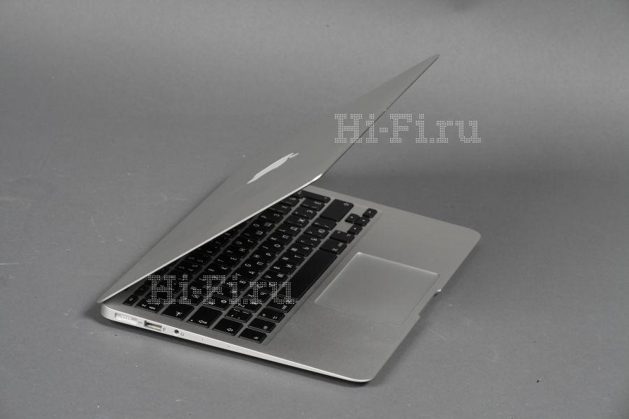 Ультракомпактный ноутбук Apple MacBook Air 11