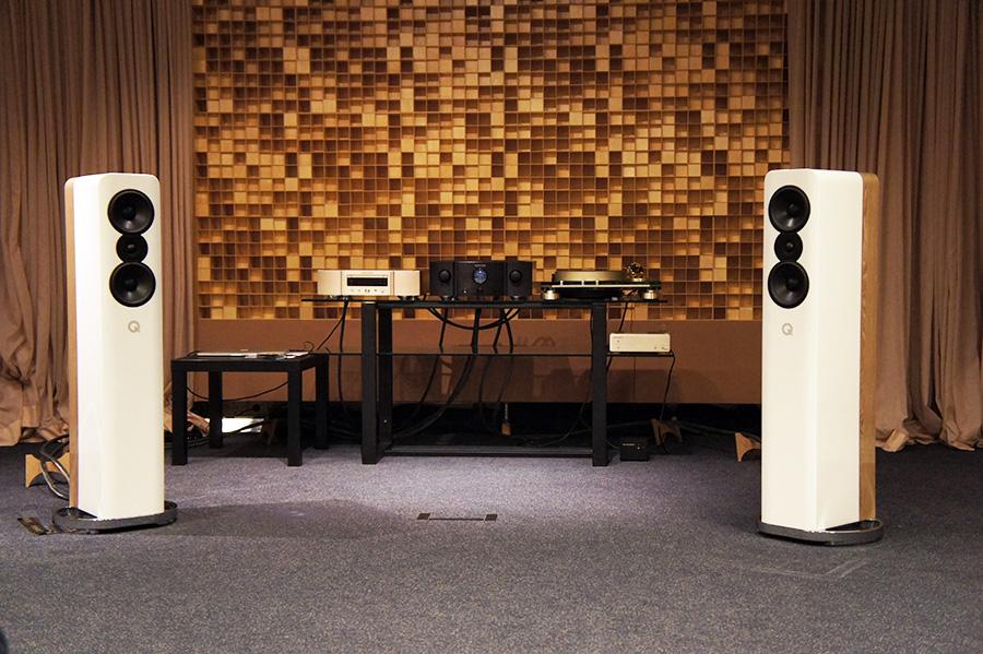 Электронные компоненты Marantz 10 Series и АС Q Acoustics Concept 500