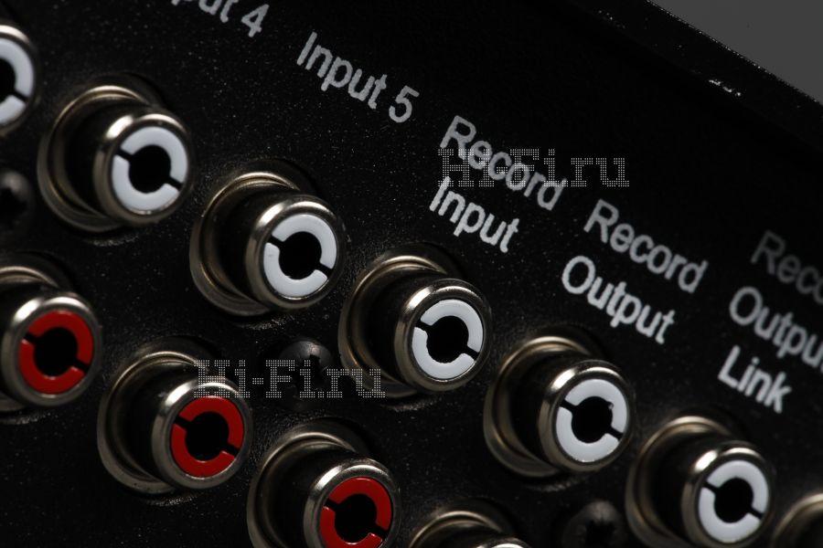 Интегрированный усилитель Rega Elicit R