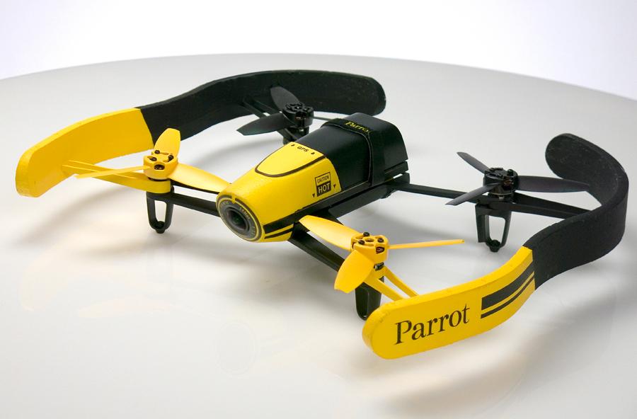 Parrot Bebop Drone с комплектными бамперами