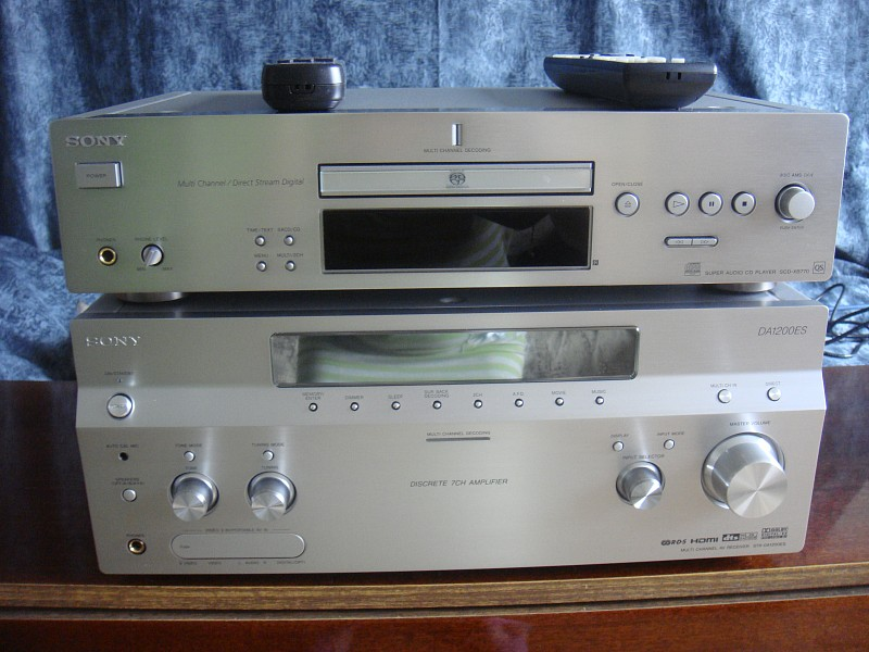 CD-проигрыватель SONY Super Audio CD Player SCD-XB770