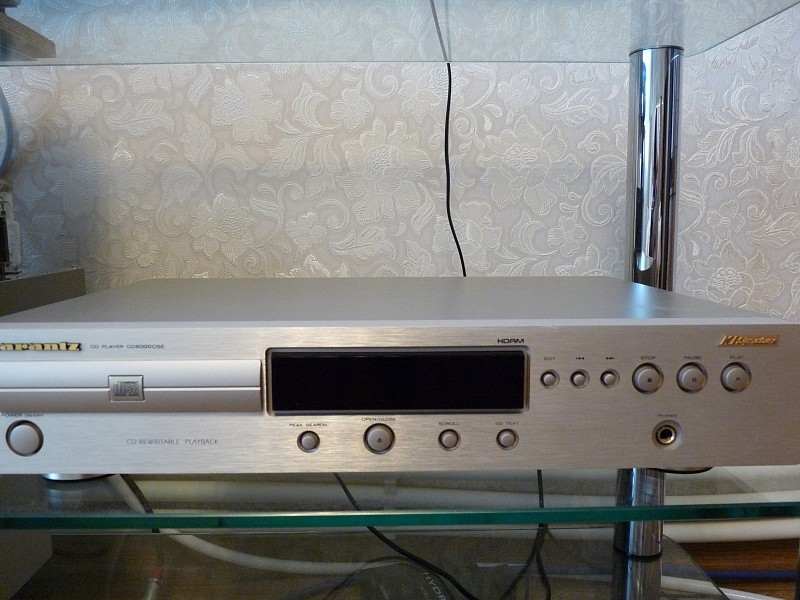CD PLAYER MARANTZ