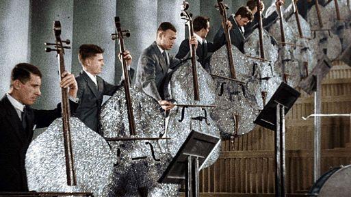 Музыканты против музыкантов – «Веселые ребята» (1934)