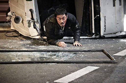 28. Желтое море / Hwang hae (2010)