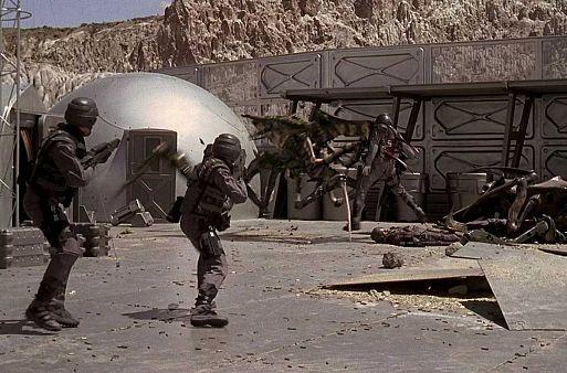 «Звездный десант» / Starship Troopers (1997)