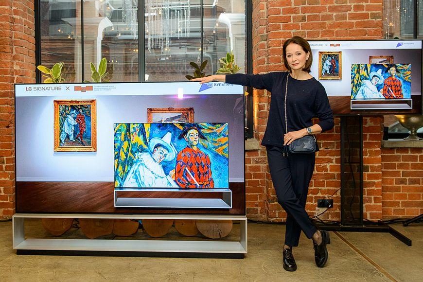 LG SIGNATURE провела мультимедийную экскурсию по залам Пушкинского музея