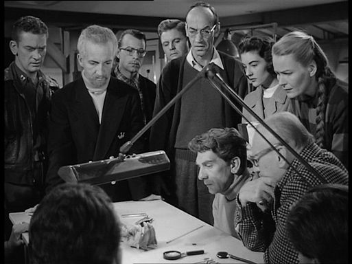 Нечто из иного мира / The Thing from Another World (1951)
