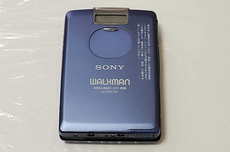 8. Sony Walkman WM-FX5