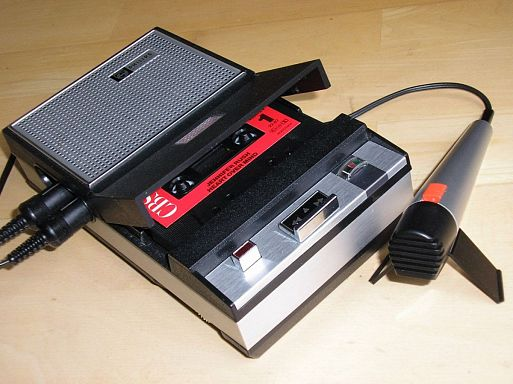 10 фактов о компакт-кассетах
