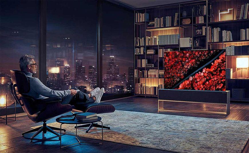 Презентация телевизора LG SIGNATURE OLED R в Пушкинском музее