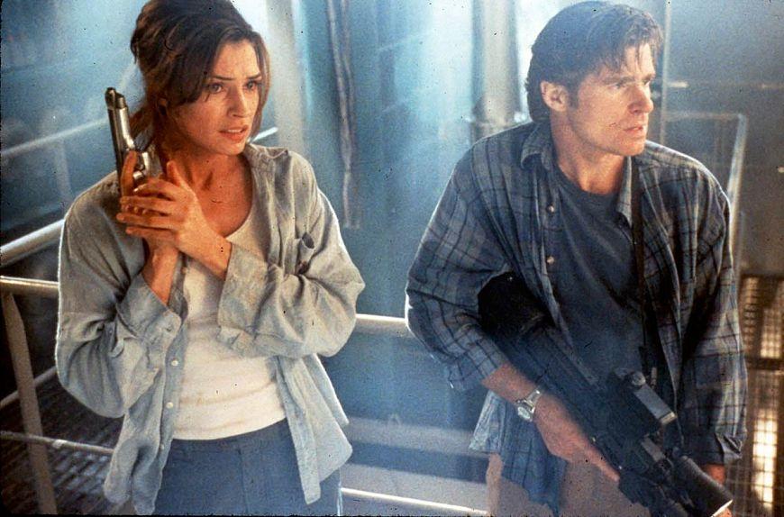 7. Подъем с глубины / Deep Rising (1998)