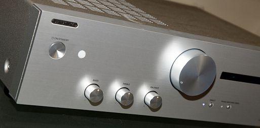 Интегральный усилитель Onkyo A-9110