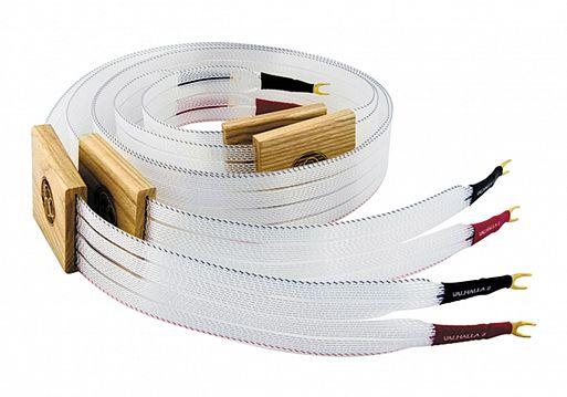 4. …и подключает систему кабелями, которые дороже, чем она сама