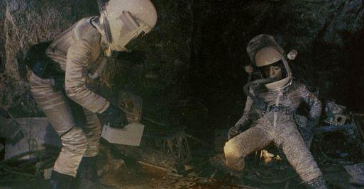 5. Планета ужасов / Inseminoid (1981)