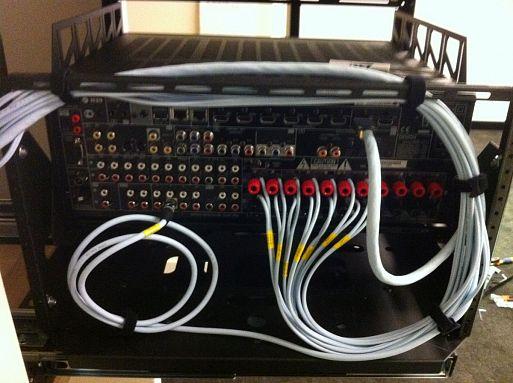 8. Прячьте кабели