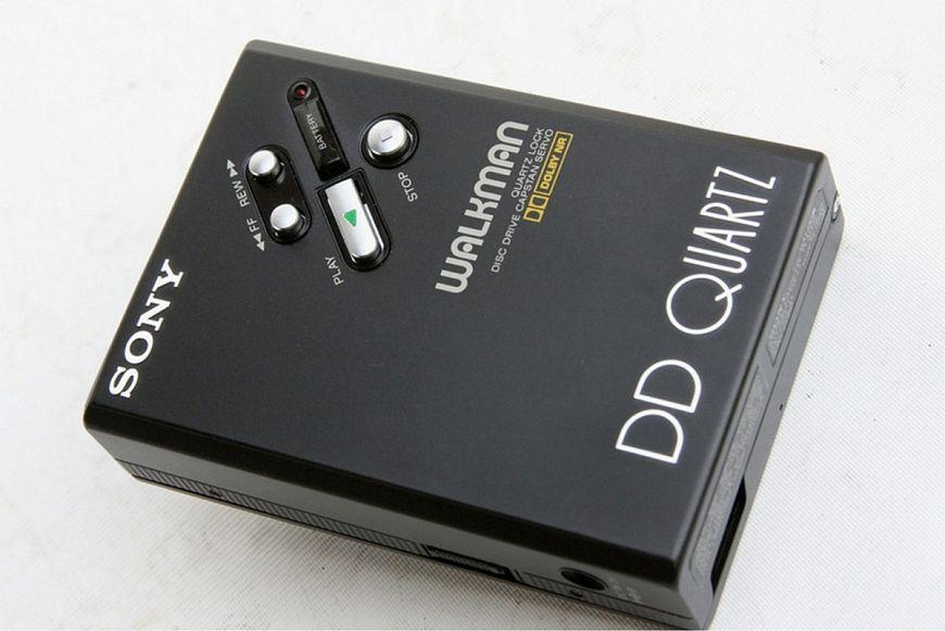 Sony WM-DD ($400 – $3 750)