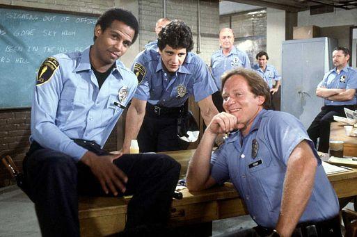 «Блюз Хилл-стрит» / Hill Street Blues (1981, 7 сезонов)