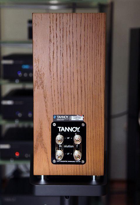 Полочные акустические системы Tannoy Revolution XT 6