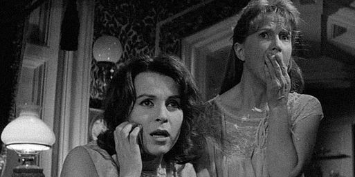 Духи – «Призрак дома на холме» / The Haunting (1963)