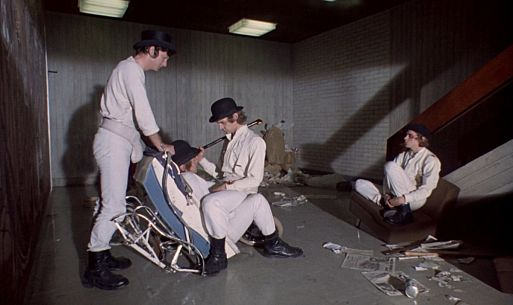 35. Заводной апельсин / A Clockwork Orange (1971)