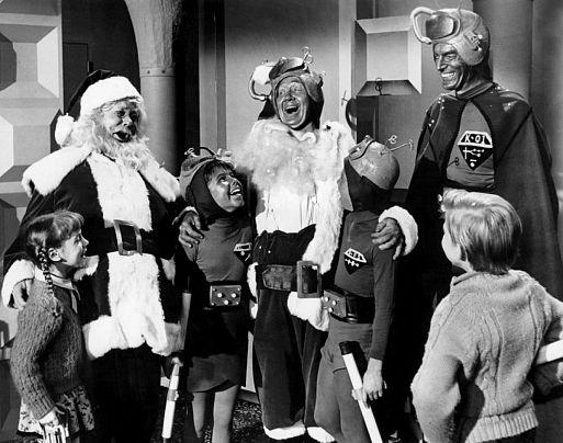 «Санта Клаус побеждает марсиан» / Santa Claus Conquers the Martians (1964)
