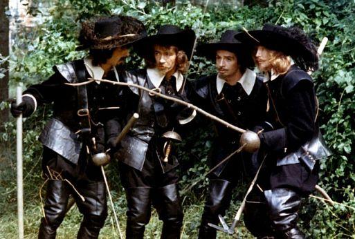 10. «Четыре мушкетера Шарло» / Les quatre Charlot mousquetaires (1974) – 56,6 миллиона зрителей