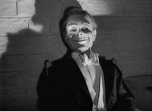 «Глубокой ночью» / Dead of Night (1945)