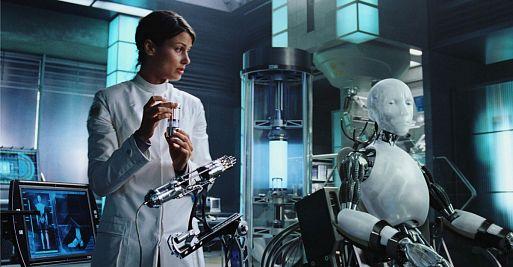 21. Я, робот / I, Robot (2004)