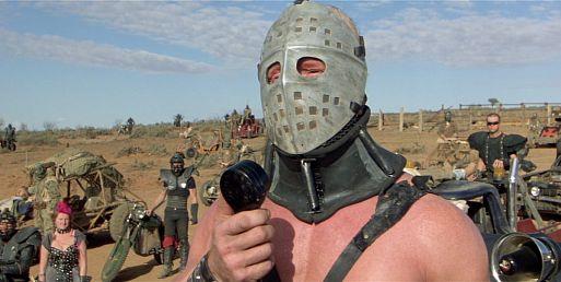 7. Безумный Макс 2: Воин дороги / Mad Max 2: The Road Warrior (1981)
