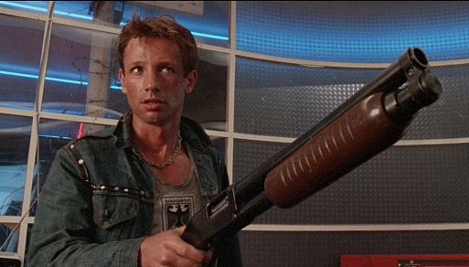 Кинотюрьма будущего / Dead End Drive-In (1986)