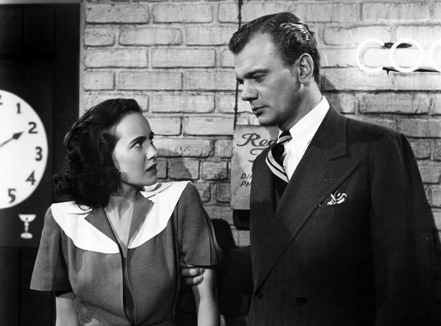 2. Тень сомнения / Shadow of a Doubt (1943)