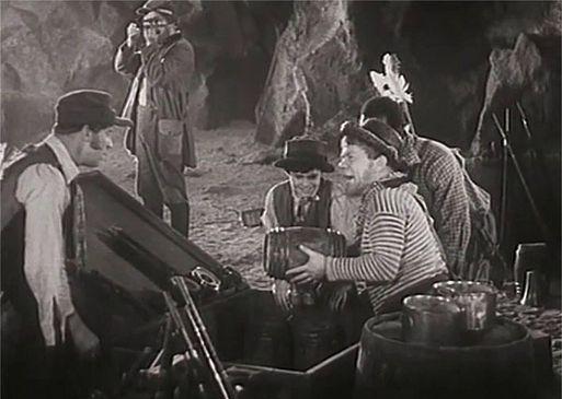 «Таинственный остров» (1941)