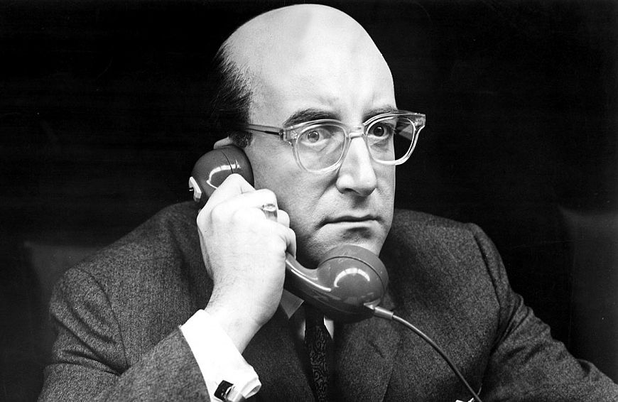 2. Доктор Стрейнджлав, или Как я научился не волноваться и полюбил атомную бомбу / Dr. Strangelove, or How I Learned to Stop Worrying and Love the Bomb (1964)