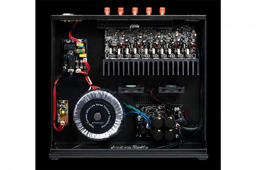 AV-процессор Emotiva MC-700 и многоканальный усилителя Emotiva A-500